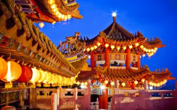 Thean Hou Temple lit up at night in Kuala Lumpur,, Malayasia