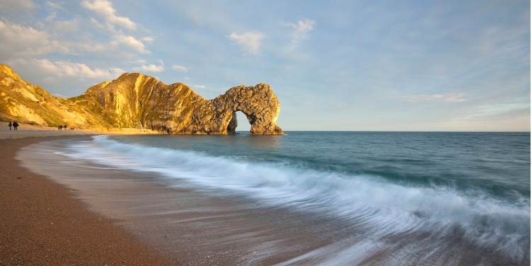 an image of the Durdle Door rock formation in Lulworth Cove, Dorset