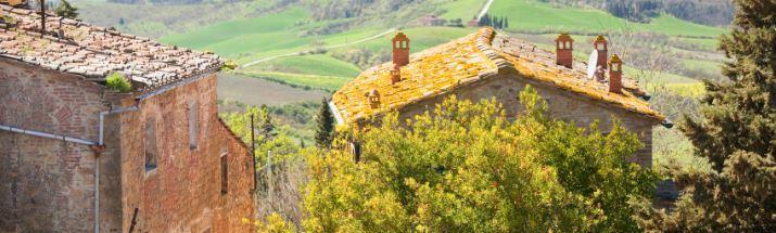 Houses in Castelfalfituscan landscape