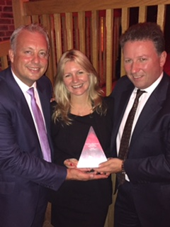 Collecting the Personal Lines Broker of the Year Award