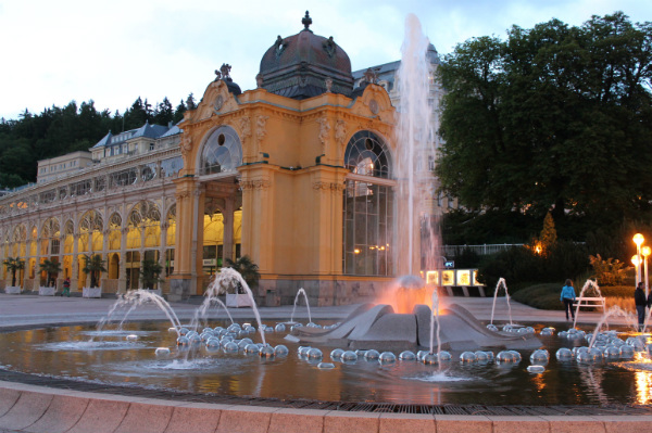 Mariánské_Lázně, The Singing Fountain