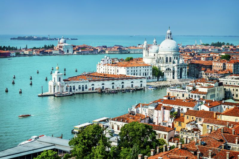 Venice-grand-canal-Italy
