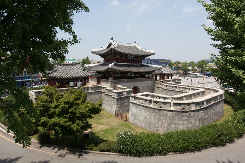 Pungnammun Gate in Jeonju