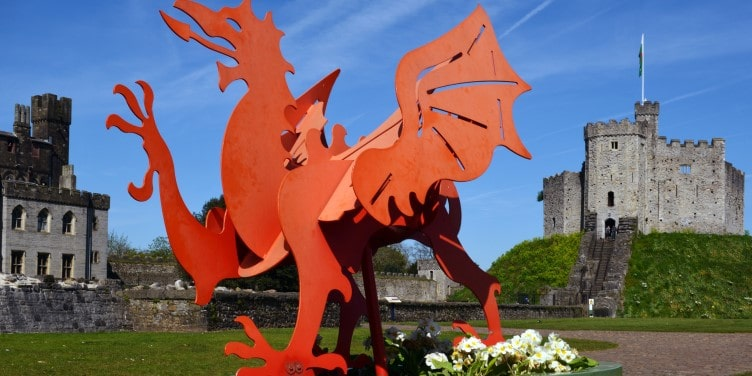 Welsh dragon sculpture in Cardiff