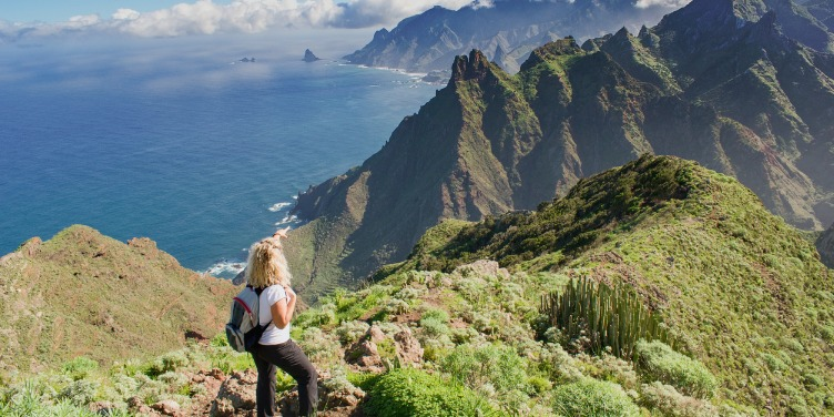 an image of a hiker in the coastal mountains of Tenerife