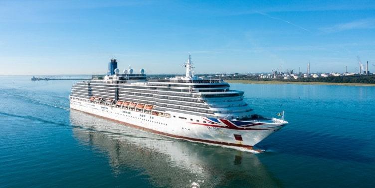 P&O Cruise ship sailing into Southampton