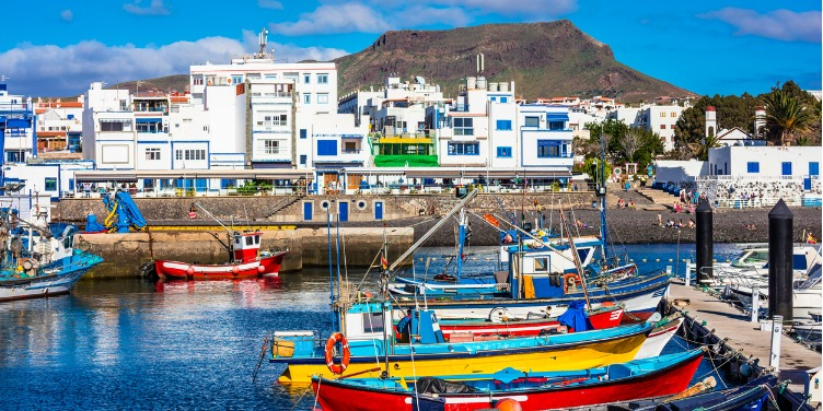 Overlooking Puerto de las Nieves harbour with colourful fishing boats