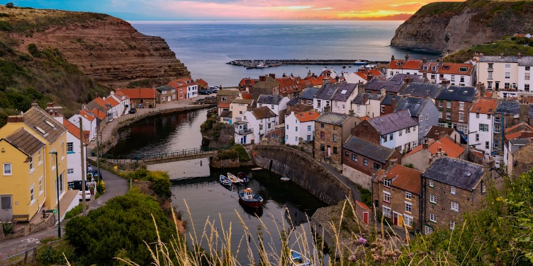 an image of the village of Staithes in North Yorkshire