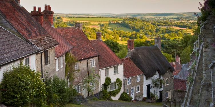 an image of the houses on Gold Hill in Dorset